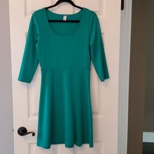 Final Price - 3/4 Sleeve Green Dress - M
